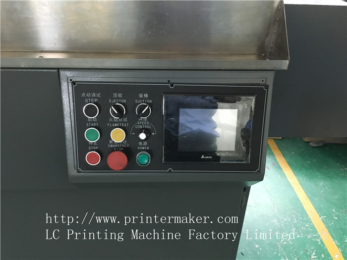 Universal Mutil-Colors Automatic Screen Printing Machine